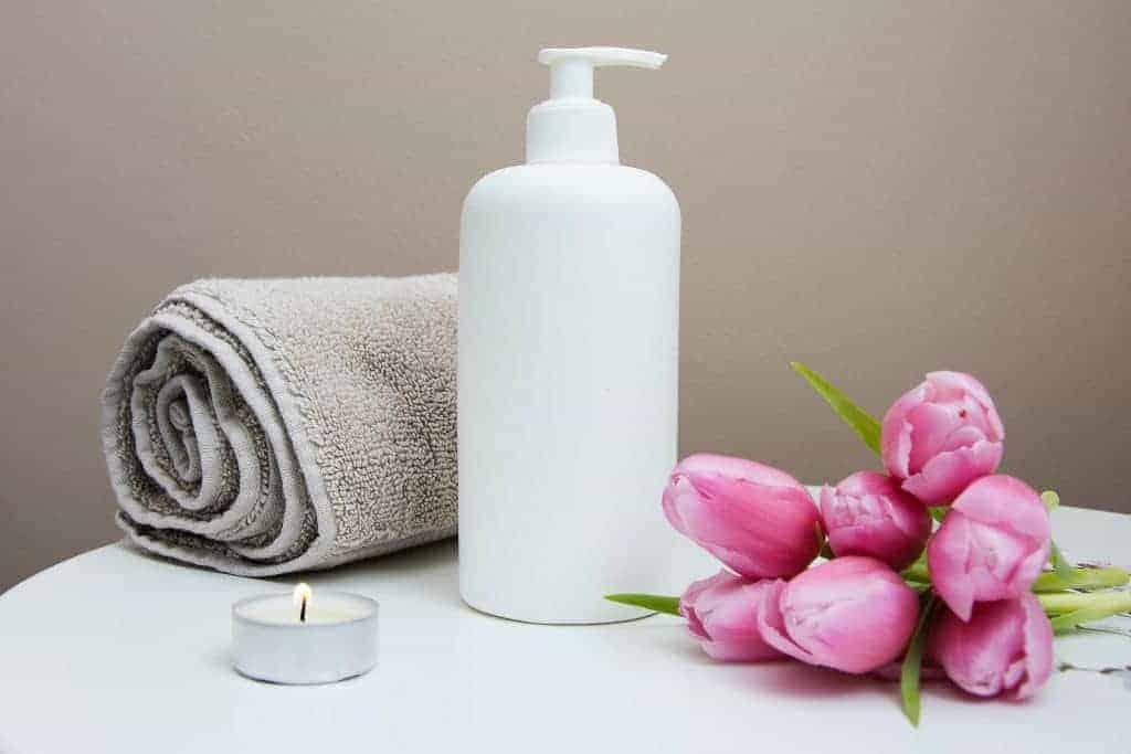 beauty-room-rent-facial-treatment2